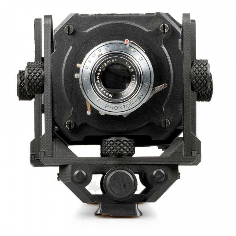 """Câmera """"Goodman Lab"""" feita em impressora 3D com lente Prontor 105mm f4.5 - USADA"""