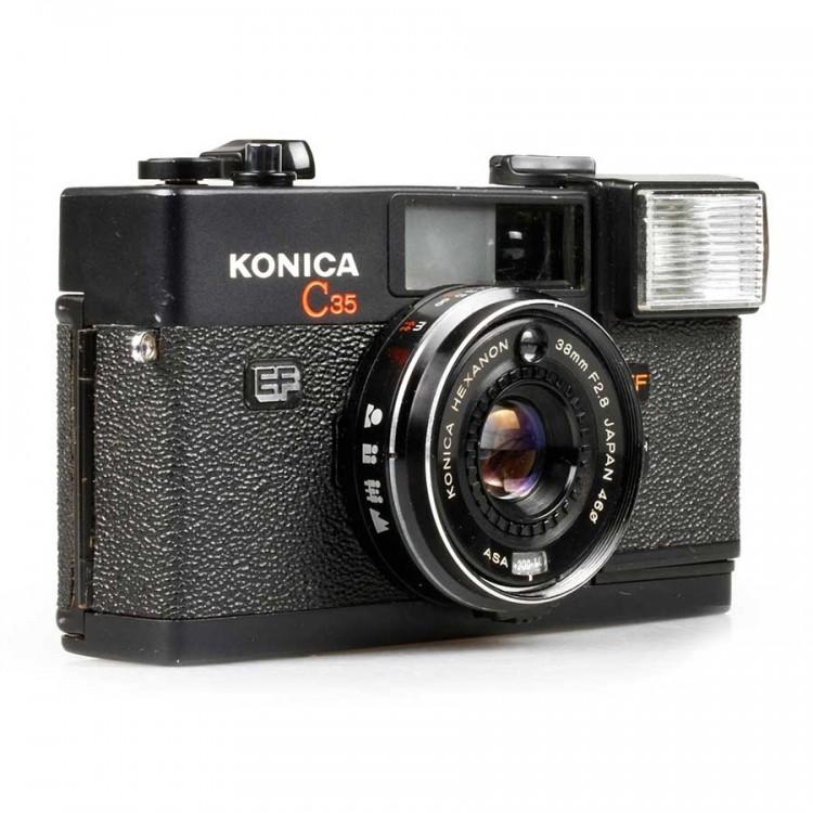 Câmera analógica 35mm Konica C35 EF - USADA