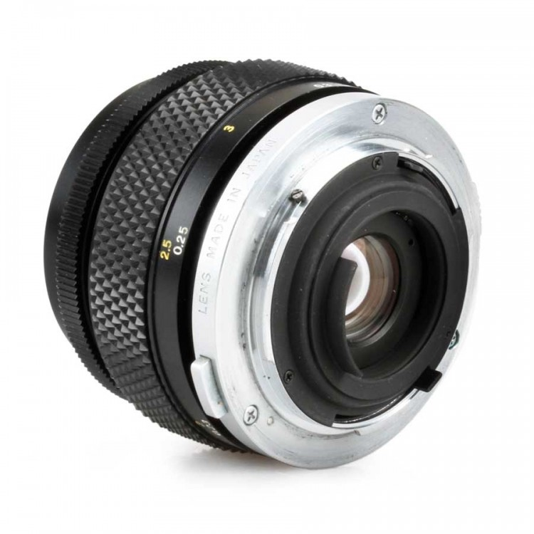 Objetiva Olympus OM 50mm f3.5 Zuiko Auto-Macro - USADA