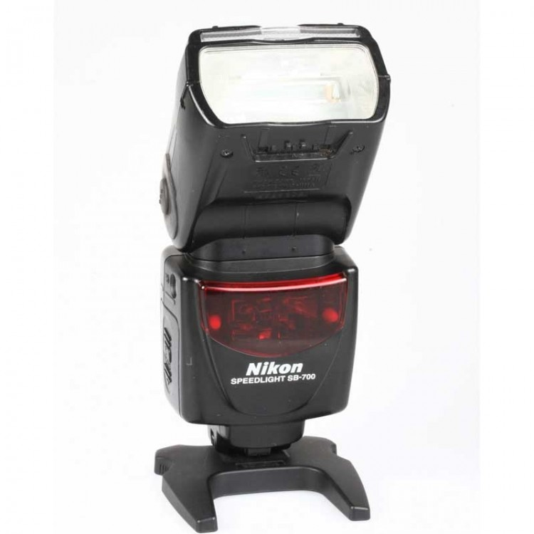 Flash Nikon Speedlight SB-700 - USADO