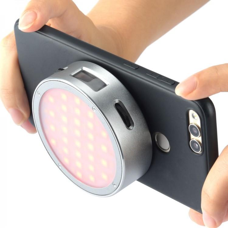 Mini iluminador de LED RGB magnético Godox R1 com 14 efeitos especiais