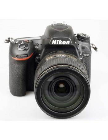 Câmera Nikon D750 com lente 24-120mm f4G VR - USADA (4.162 DISPAROS)