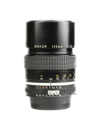 Objetiva Nikon AI 135mm f2.8 - USADA