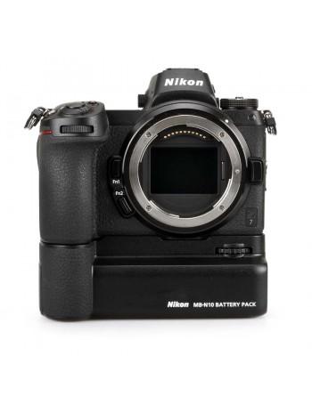 Câmera mirrorless Nikon Z7 + grip de baterias MB-N10 - USADO
