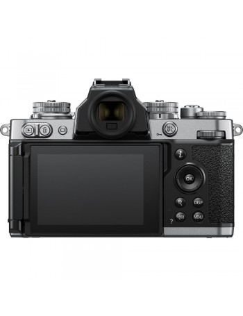 Câmera mirrorless Nikon Z fc com lente Z 16-50mm f3.5-6.3 VR (PRATA)