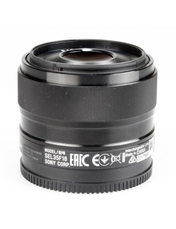 Objetiva Sony E 35mm f1.8 OSS  - USADA