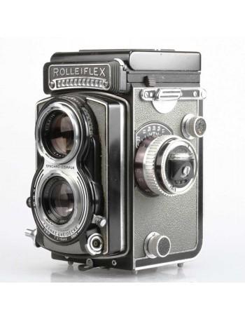 Câmera analógica TLR Rolleiflex T Tessar 75mm f3.5 - USADA