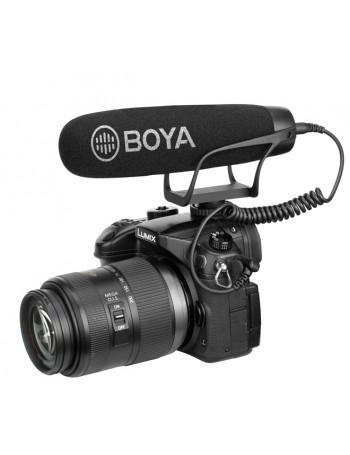 Microfone Boya BY-2021 com montagem em sapata de câmera