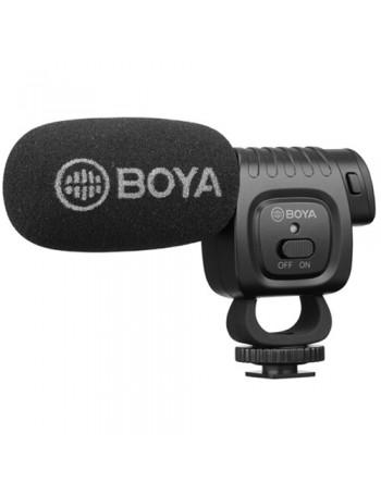 Microfone shotgun compacto Boya BY-BM3011 com montagem em sapata de câmera